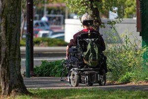 Na co zważać nabywając wózek inwalidzki?