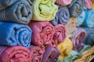 Przemysł odzieżowy - za co tak naprawdę kocha bawełnę?