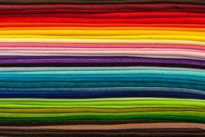 Dzianina, tkanina i włóknina – czym się różnią?