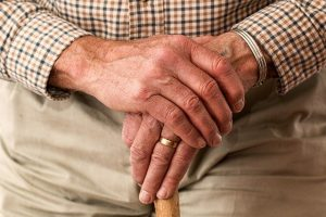 Jak umożliwić seniorowi długą samodzielność?